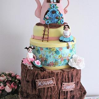 Fairytale cake for twins