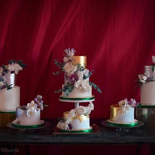 One wedding, six cakes!