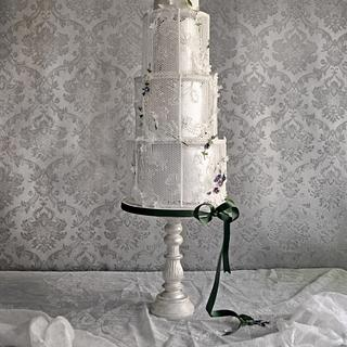 "Wedding Cake ""Veiled Romanticism "" for ""Pasteles de Ensueño"" Magazine"
