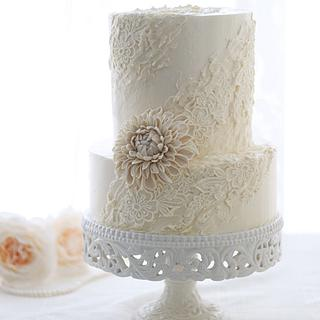 Buttercream Lace Cake with bean paste Dahlia - Cake by Make Fabulous Cakes