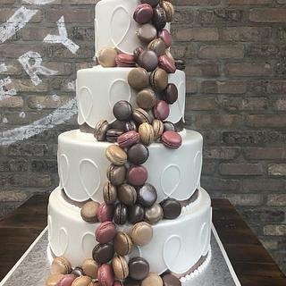 Beautiful Macaroons Cake