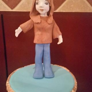 Rococo cake design with figurine
