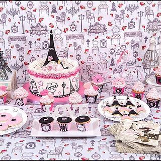 Paris sweet table