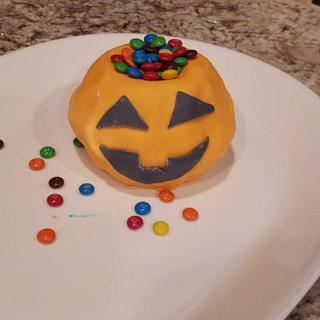 Mini Pumpkin - Cake by TheUnicornHorn