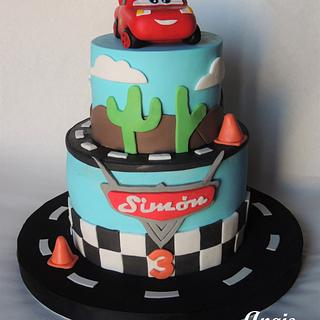 Cars - Rayo McQueen - Cake by angieromegialli