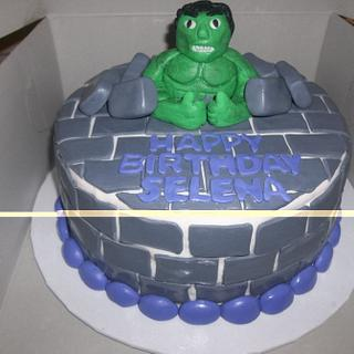 Incredible Hulk Cake