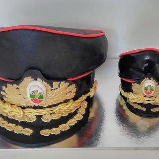 General's hat and small general's hat - Cake by Illycake