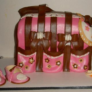 A DIAPER BAG CAKE