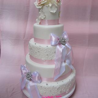 Rose - Cake by pahuljaa