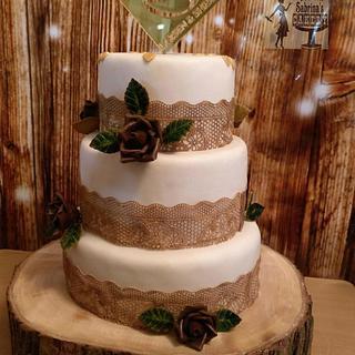 White and brown Wedding cake