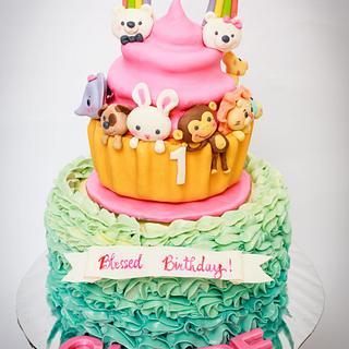 Cupcake-inspired Noah's Ark cake