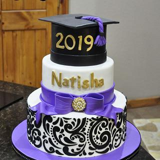 Stenciled graduation cake