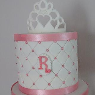 Quilted cake with tiara