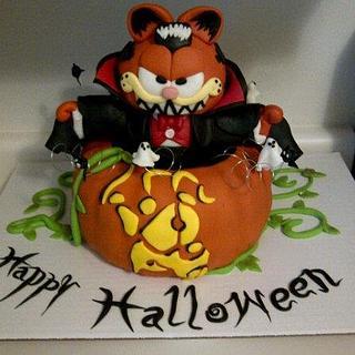 Vampire Garfield Halloween Cake