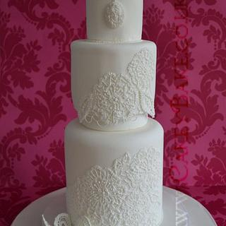 Royal Icing Lace Effect Cake - Cake by CakeyBake (Kirsty Low)