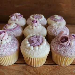 Lilac & Ivory ornate cupcakes