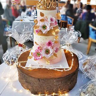 Tiara Theme Birthday cake.. - Cake by Tasnuta Cake Artistry ( TASNUTA ALAM)