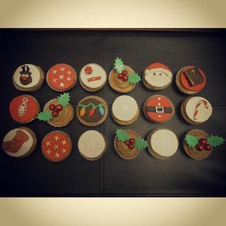 Christmas Cupcakes :) #1 - Cake by Sue
