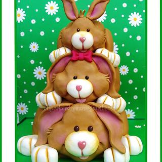 EASTER BUNNYS FOR MY BIRTHDAY... - Cake by Ana Remígio - CUPCAKES & DREAMS Portugal