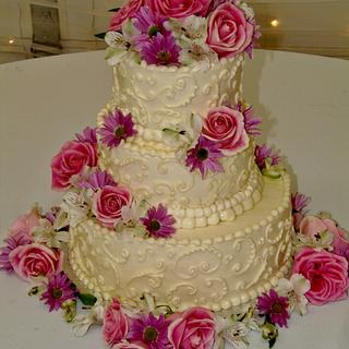 Wedding cake buttercream happiness