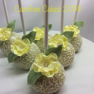 Lemon cake pops.