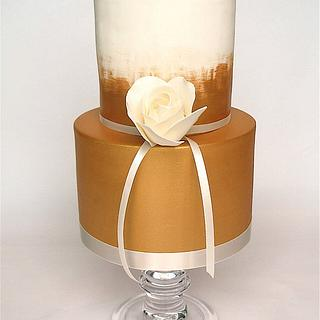 mini gold cake