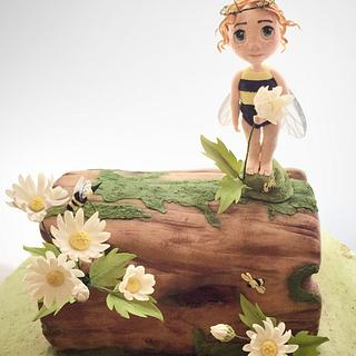 Bee fairy log cake