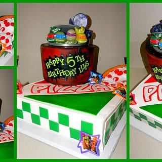 Pizza box with TMNT - Cake by Day