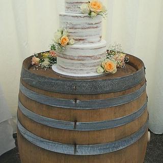 Naked perfect wedding cake