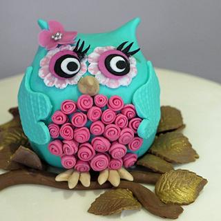 Mummy Owl and Owlets Baby Shower Cake