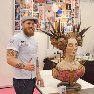 Live sculpting at Cake & Bake Germany
