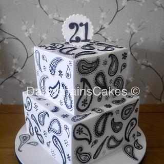 Black and white paisley  - Cake by Daisychain's Cakes