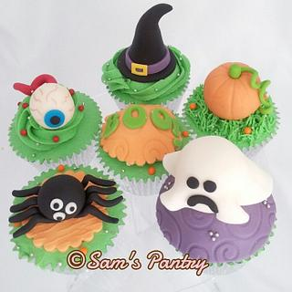 Halloween Cupcakes - Cake by Ashling