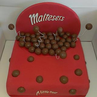 My take on the 'Malteser cake'  - Cake by Kerry