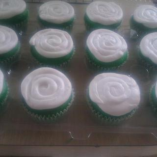 Green Cup Cakes
