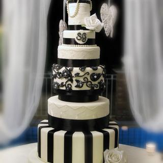 Black And White Wedding  cake ♥