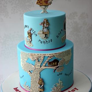 Alice in Wonderland collage cake