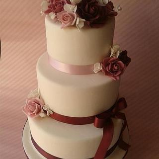 Dusky Pink Rose Cake