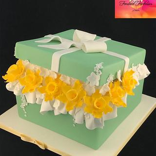 Gift box of daffodils  - Cake by Fondant Fantasies of Malvern
