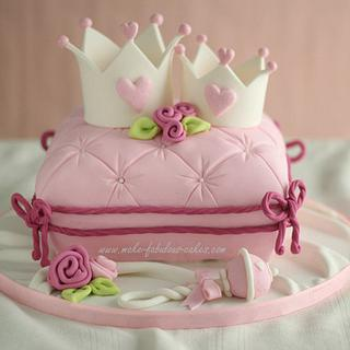Mommy n Baby Princess Crown Cake - Cake by Make Fabulous Cakes