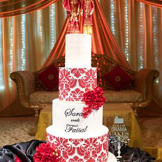 Wedding cake with figurines with hand painted names