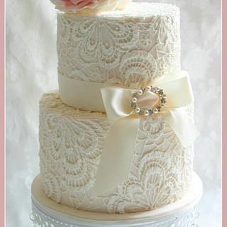 Hand Piped Lace Wedding Cake