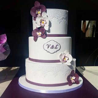 Orchid flowers wedding cake