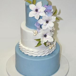 wedding cake with sugar flowers - clematis