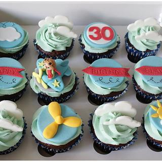 Plane cupcakes - Cake by Planet Cakes