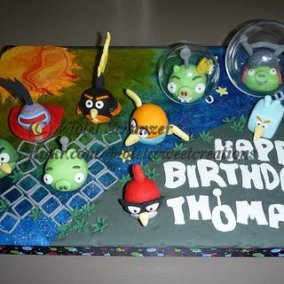 Space Angry Bird sugarart - Cake by Violet Schanzer