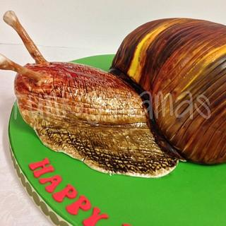 African Snail Cake