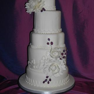 White peony cake