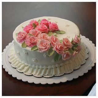 Rose Spray Cake
