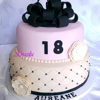 Bow cake - Cake by Angelu